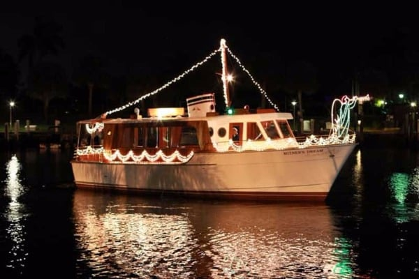 Mizner's Dream private yacht charter with holiday lights